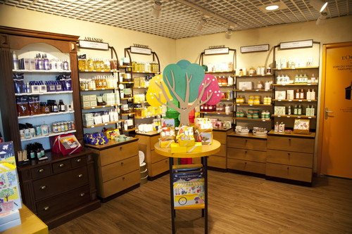 Commerce Relay L'occitane en provence Terminal 2 - 7